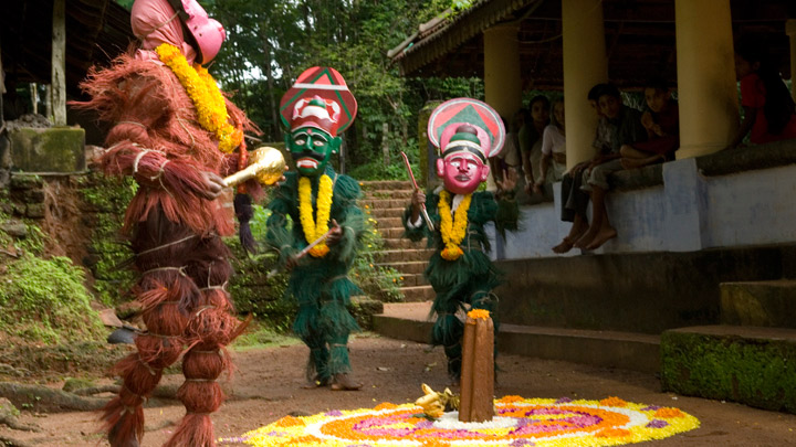 Kummattikkali - a folk art popular in northern districts of Kerala