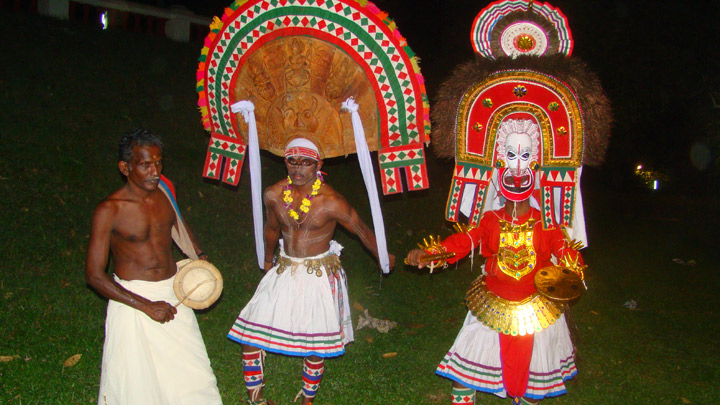 Poothanumthirayum - A ritual offering to Goddess Kaali