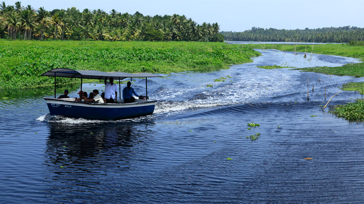 Akkulam Tourist Village in Thiruvananthapuram