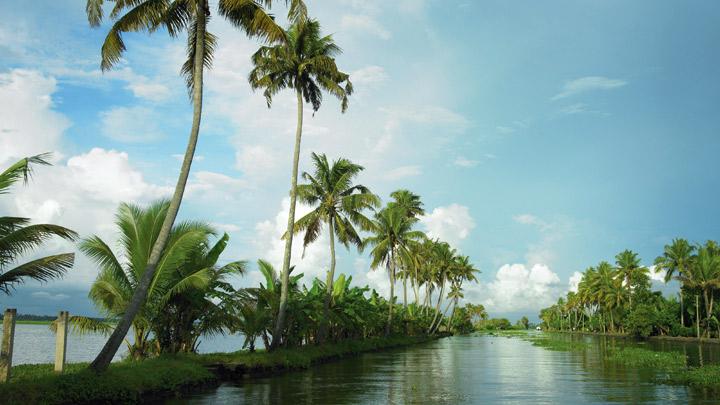 Alappuzha - a popular backwater destination in Kerala