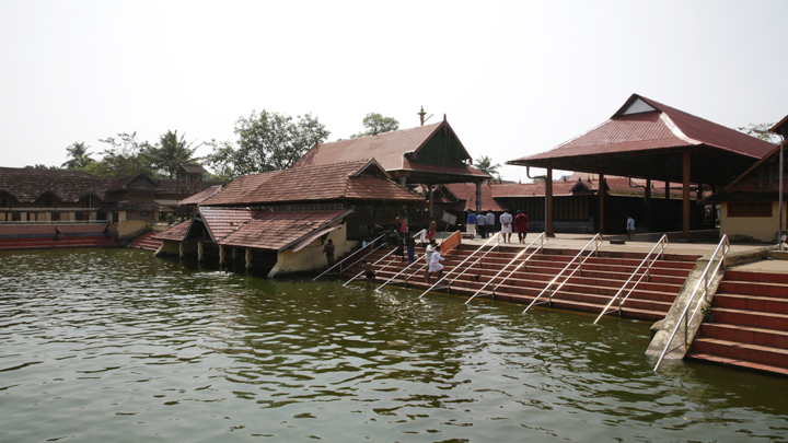 Ambalappuzha Sree Krishna Temple - the popular Lord Krishna Temple in Alappuzha