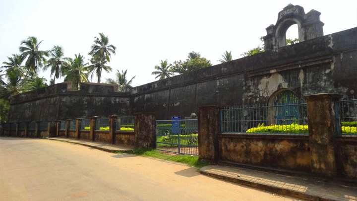 Anjengo Fort at  Varkala, Thiruvananthapuram