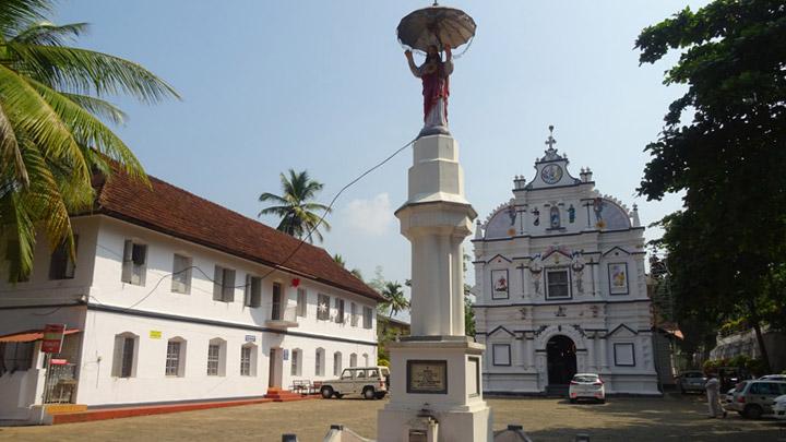 Kaduthuruthi Valiapalli in Kottayam