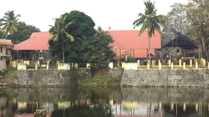 Kottarakkara Ganapathy Temple - famous Lord Ganesh temple in Kollam