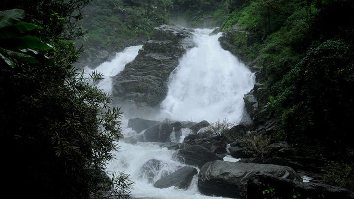 Meenmutty Waterfalls – famous for Jungle Trekking at Kalpetta, Wayanad