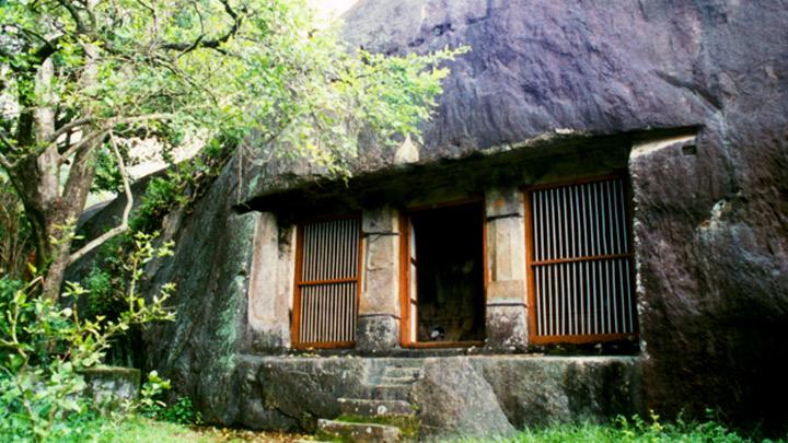 Cave Temple, Chadayamangalam, Kollam
