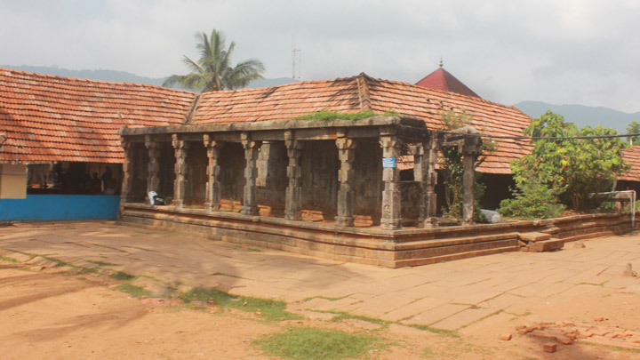 Thirunelly Temple, Mananthavady, Wayanad