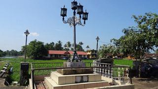 Anchuvilakku– a Stone Lamp Post in Kottayam