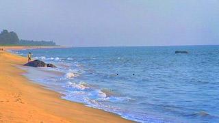 Kanwatheertha Beach, Kasaragod