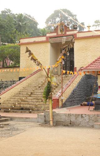 Achankovil Sastha Temple, Kollam