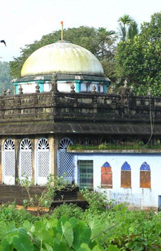 Pazhayangadi Mosque, Kondotti