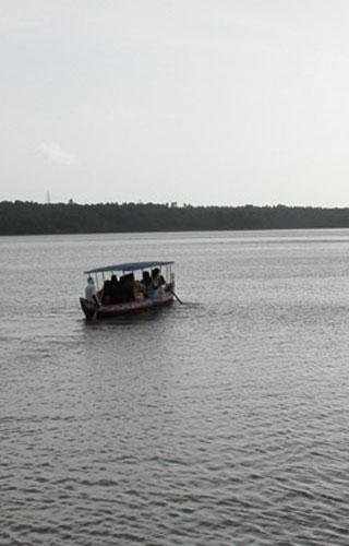 Sasthamkotta - Queen of Lakes