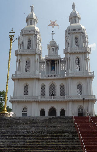 St. Mary's Church, Kuravilangad