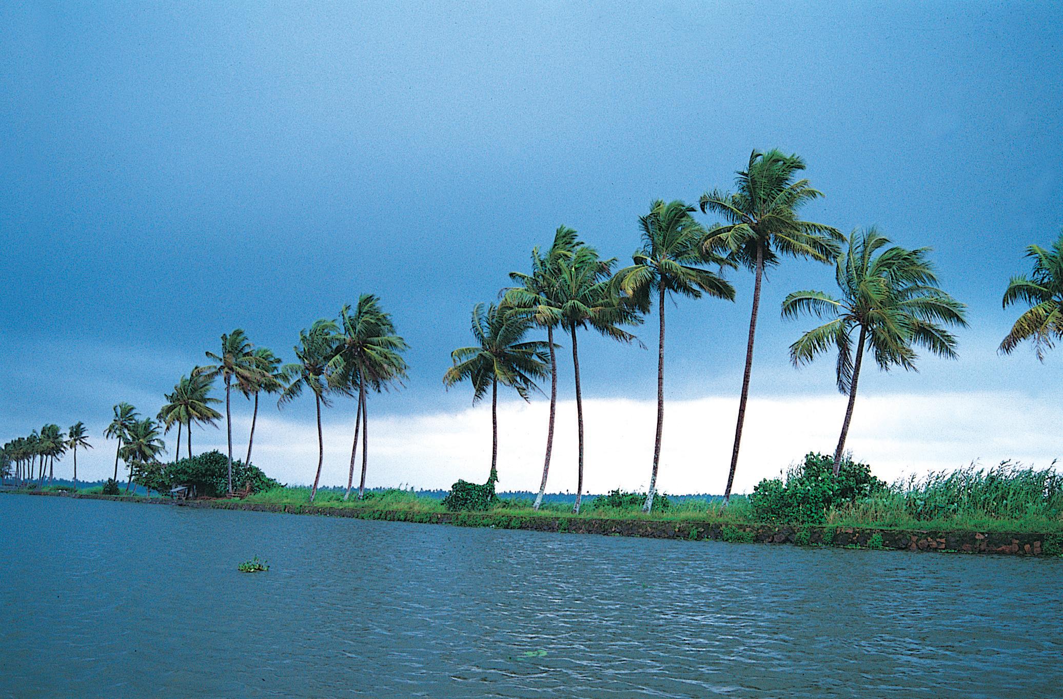 Beautiful Places in Kerala in India