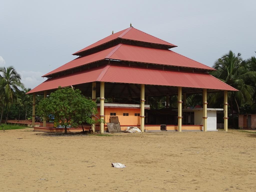 Mavilakadappuram Sree Vishnumoorthy Temple