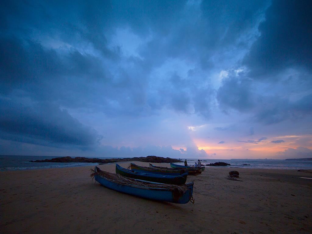 Kizhunna – Ezhara Beach
