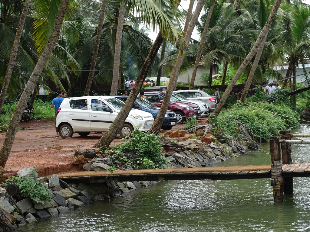 Parking space at Valiyaparamba