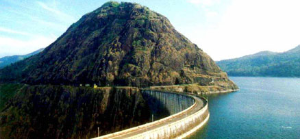 Cruise on the Idukki reservoir