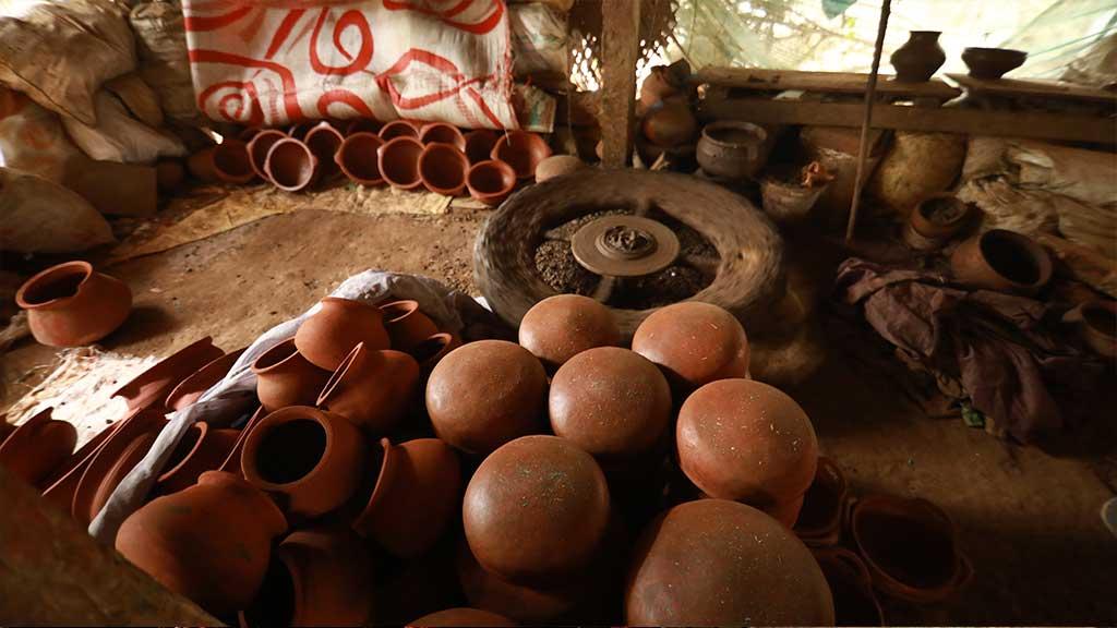 Pottery making at Ponnani