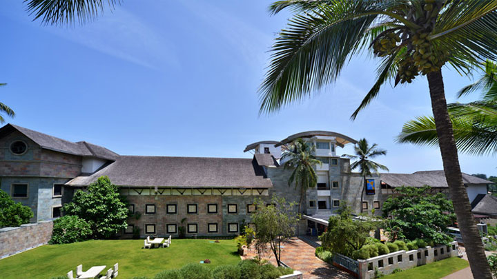 State Tourism Award Winners 2011-12, Best Five-Star Hotel – Turtle on the Beach