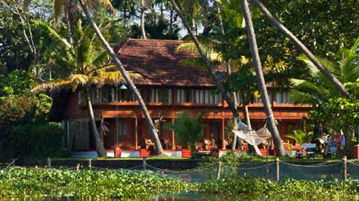 Best Heritage Hotel - Coconut Lagoon
