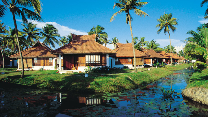 Best five star hotel in Kerala - Kumarakom Lake Resort