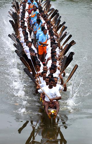 Uthradam Thirunal Pamba Boat Race