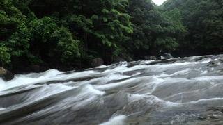 Aadiyan Para Waterfalls