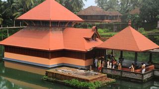 अनंतपुरा झील मंदिर