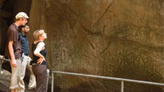 एडक्कल गुफाओं, वायनाड