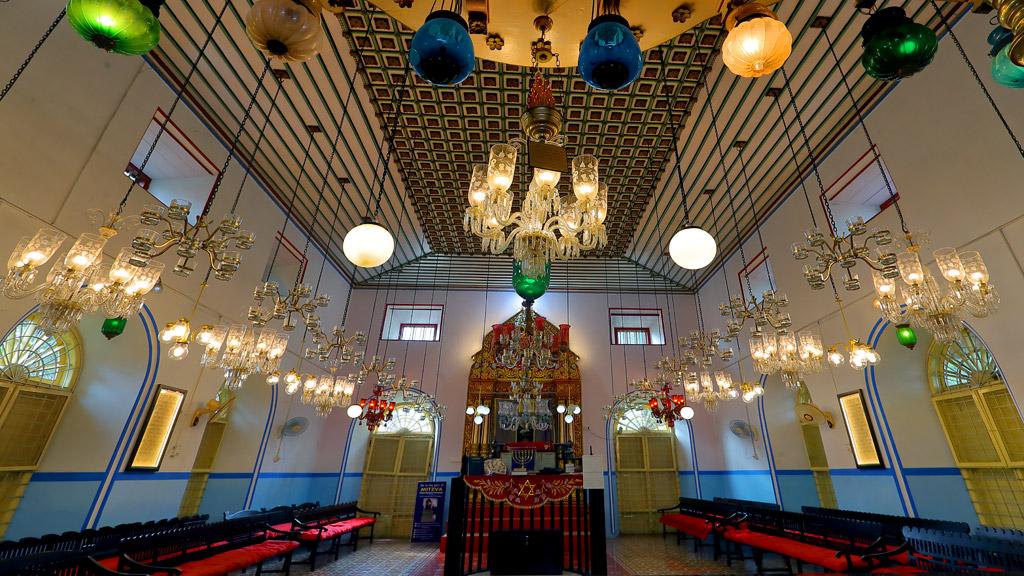Colourful Lights, Kadavumbhagam Synagogue