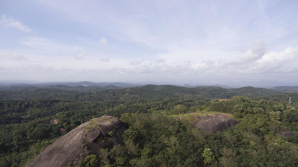 Nadukanippara in Kollam