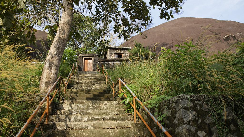 Rock Cut Cave Temple, Pathanamthitta
