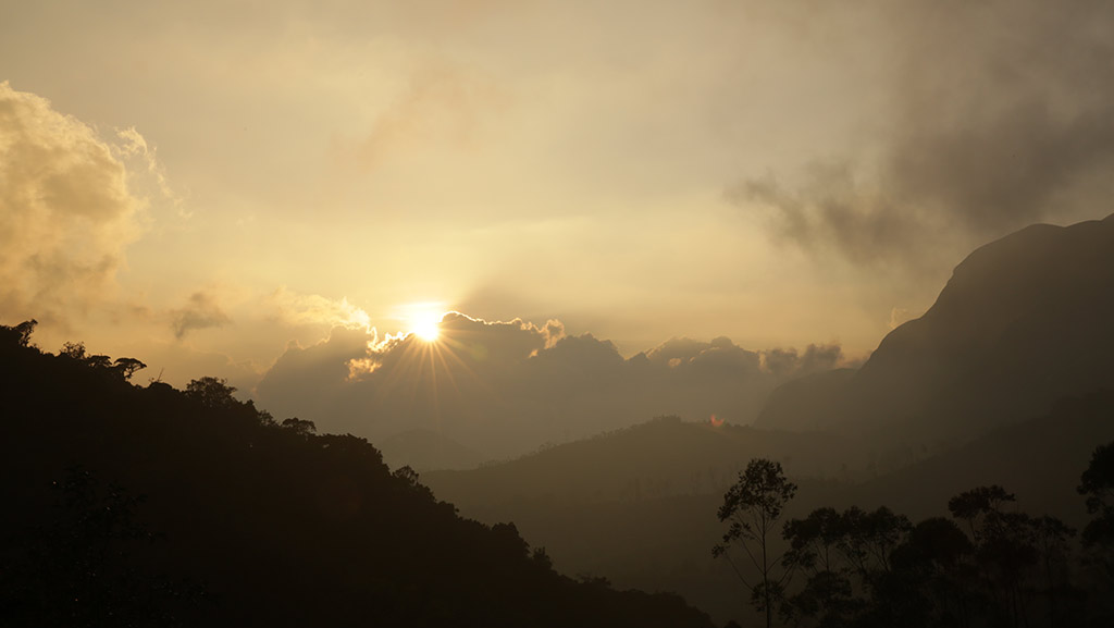 Sunrise over the hills - Munnar