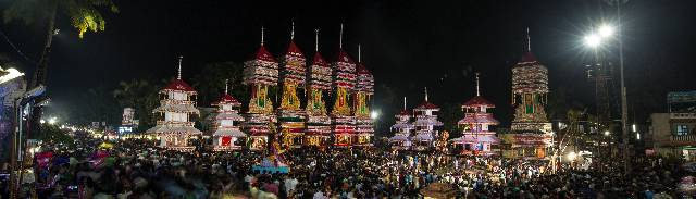 Spectacular kettukazhcha of Chettikulangara Bharani