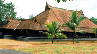 Koothambalam