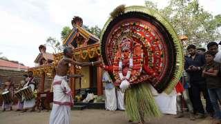 Madayil Chamundi Theyyam at Thayineri Sree Kurinji Temple