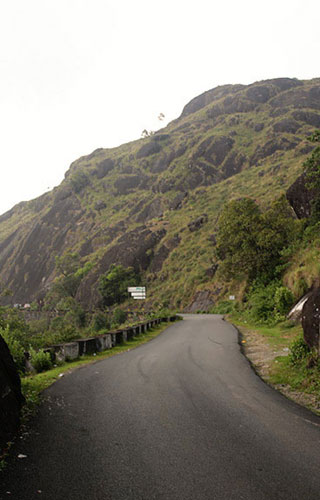 Gap Road in Munnar