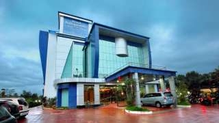Click here to view the details of Hotel Royal Indraprastha