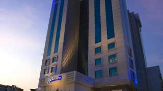 Click here to view the details of Radisson Blu Kochi