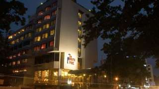 Click here to view the details of Fortune Hotel The South Park