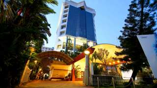 Click here to view the details of Gokulam Park- A Sarovar Portico Hotel
