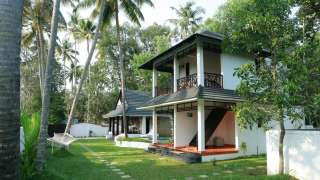 Click here to view the details of Mayas Beach House