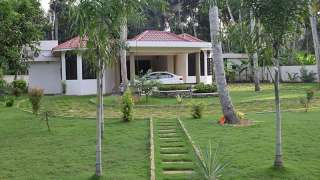 Friends Villa Homestay