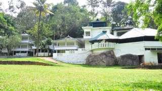 Aruvi Resort
