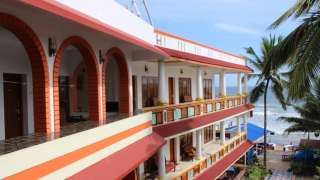 Click here to view the details of Hotel Sea View Palace, Kovalam