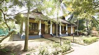 Click here to view the details of Kumarakom Pearlspot Resort