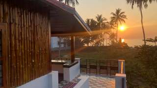 Sherly Cottages Beach Resort