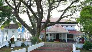 Valiyavila Golden Lake Serviced Villa
