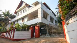 Click here to view the details of Riverside Inn Muttar